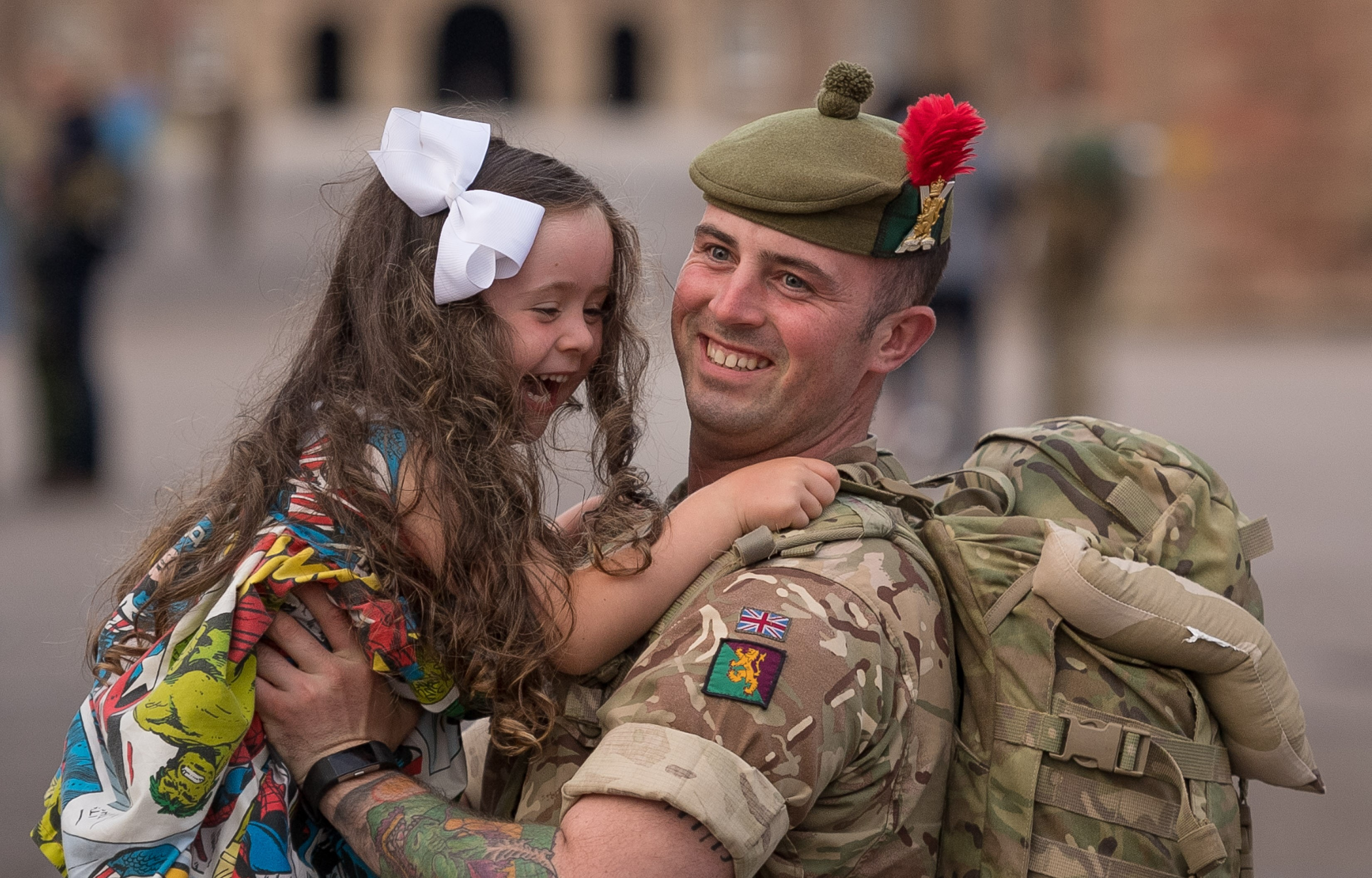 Online hunt for family photos by military children's charity