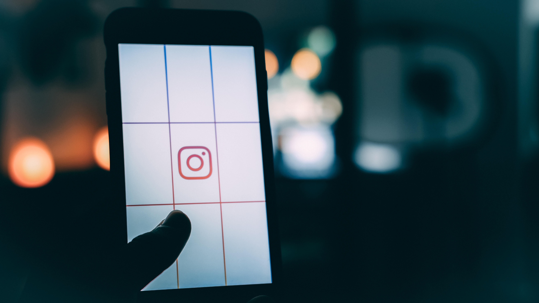 Instagram cracks down on online bullying