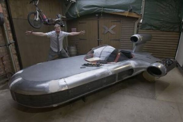 Star Wars landspeeder charity auction attracts £50,000 eBay bid so far
