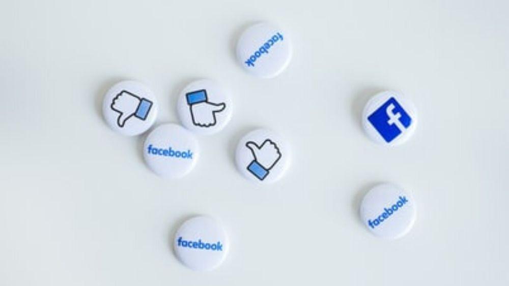 facebookMAIN.jpg