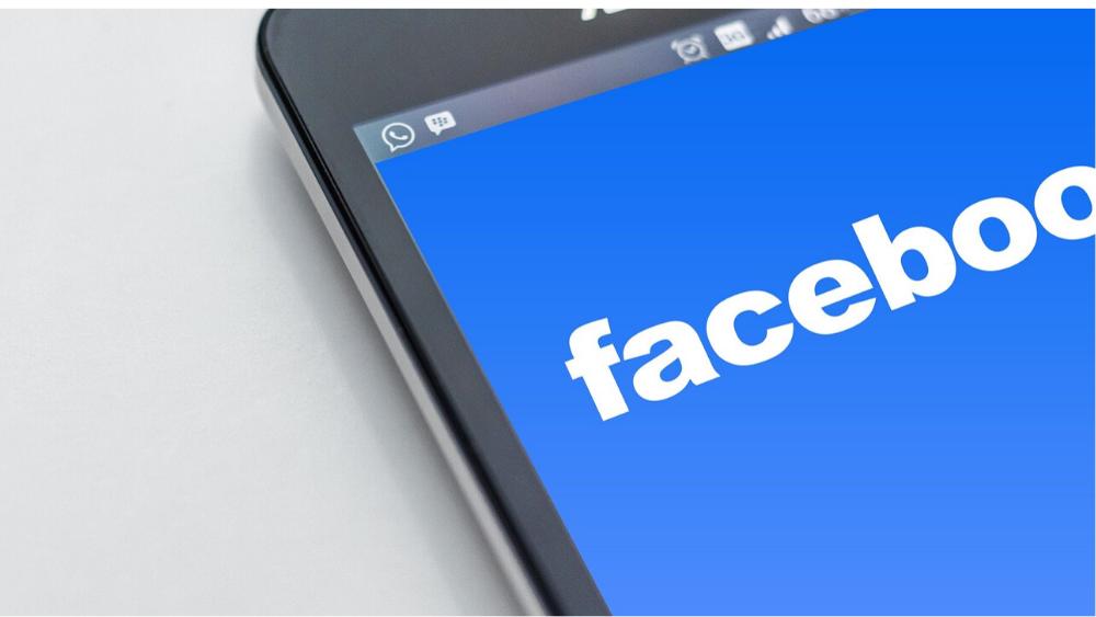 Facebook Messenger - 1000 x 563.png