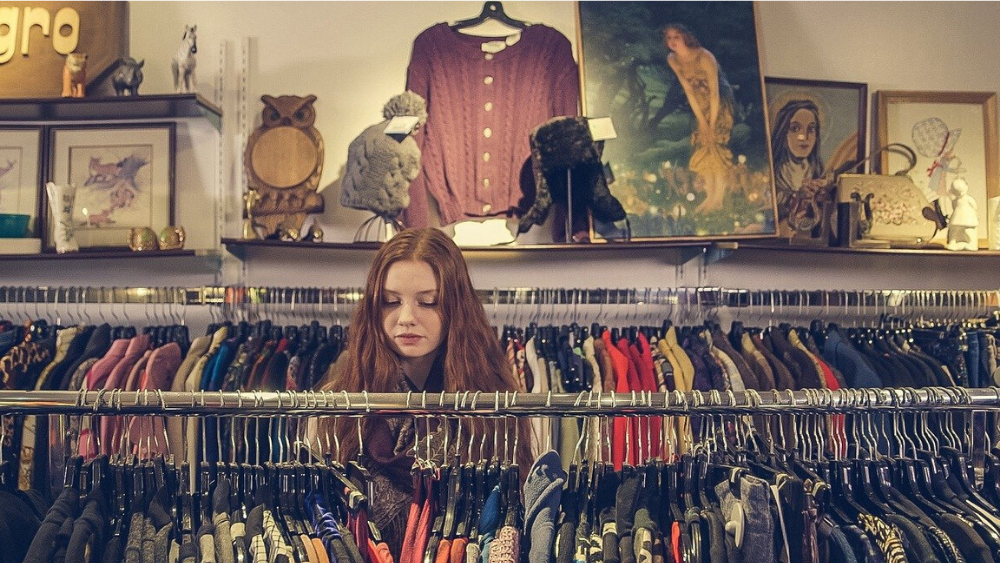 charity shops reopen today - 1000 x 563.png