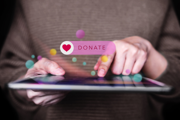 How to convert website traffic into donors